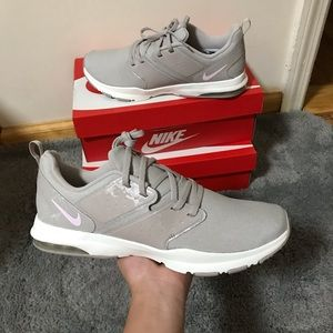 Nike Air Bella